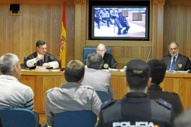 Otegi expresa públicamente el rechazo de Batasuna al uso de la violencia