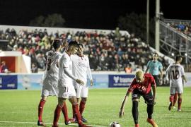 El Sevilla marca el territorio desde el minuto uno