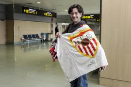 La llegada de los jugadores del Sevilla