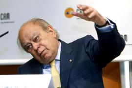 El informe encargado por Vic avala excluir del padrón a los 'sin papeles'