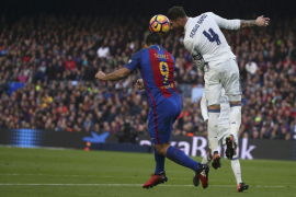 Sergio Ramos salva al Real Madrid en el último minuto del Clásico