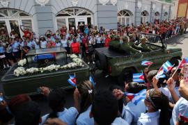 Adiós multitudinario a Fidel Castro en Santiago de Cuba, cuna de la Revolución