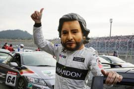 Alonso resalta el «honor» de ser piloto de McLaren Honda