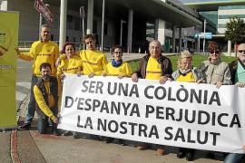 Protesta de los soberanistas contra la «discriminación» de la sanidad