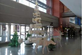 El aeropuerto de Ibiza se prepara para recibir la Navidad
