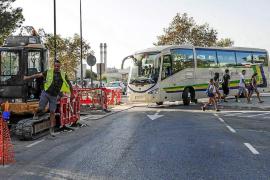 Cambios en dos líneas de autobús para mejorar la conexión con centros educativos
