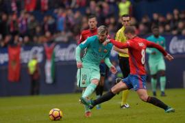 Messi guía el reencuentro del Barcelona con la victoria en Liga