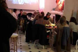 """El espíritu de """"Casablanca"""" tomó el bar Sa Caleta Berria de Santa Eulalia"""