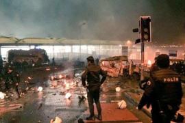Al menos 13 muertos por un atentado en las inmediaciones del estadio del Besiktas turco