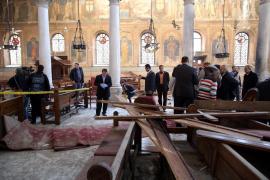 Un atentado contra la catedral copta de El Cairo deja al menos 20 muertos