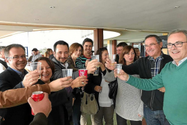 Armengol y Torres se marcan como objetivo consolidar las políticas sociales en 2017