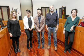 La ciudad de Ibiza entrega sus premios de narrativa y poesía
