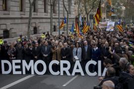Forcadell declara ante el TSJC aclamada por los soberanistas concentrados