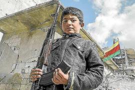 El Fons Pitiús lleva al Faro de Ses Coves Blanques su exposición 'L'èxode sirià. Lluitant per la supervivència'