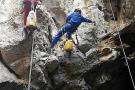 El Grupo de Rescate Vertical de los Bomberos de Ibiza incorpora cuatro efectivos
