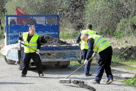 El Consell da 342.000 euros a los alcaldes para arreglar caminos