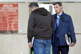 El juzgado detecta que dos policías suspendidos seguían cobrando de Cort