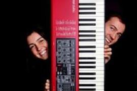 'Darrere el piano i la paraula', un concierto de Petra y Miquel Llull en Manacor