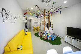 La sala de juegos de Pediatría renueva su imagen