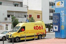 Acuerdo en el Parlament balear para mantener la UVI móvil de Santa Eulària