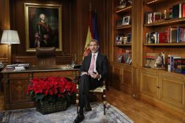 PP, PSOE y Ciudadanos alaban mensaje del Rey, que defrauda a Podemos y nacionalistas