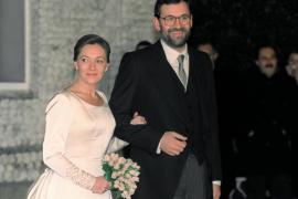 Rajoy bromea con su aniversario de boda: «De momento no he sido despachado»