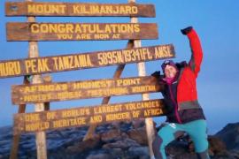 Sabina Corral cumple su promesa y alcanza la cima del monte Kilimanjaro