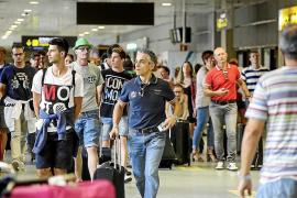 El aeropuerto de Ibiza recibirá a 22.000 viajeros
