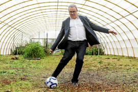 «Bailar 'ball pagès' en un día grande debería de ir con el cargo de ser presidente del Consell d'Eivissa»