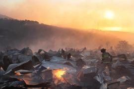 Cien viviendas quemadas y 400 evacuados por un incendio en Valparaíso