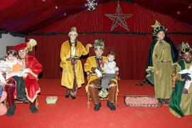 Cartas llenas de regalos e ilusión para los Reyes Magos de Oriente