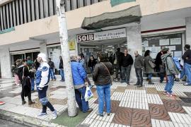 Las Pitiusas cierran el 2016 con casi 700 desempleados menos que hace un año