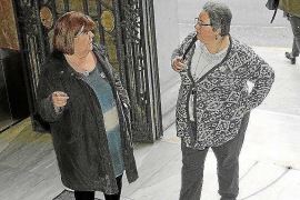 Los críticos se crecen y piden que una gestora asuma el control del partido
