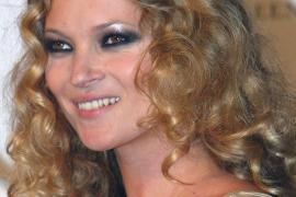 Suenan campanas de boda para Kate Moss