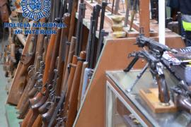 La Policía Nacional se incauta de 8.000 armas manipuladas por una red que las vendía a terroristas y delincuentes