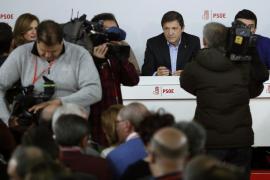 Javier Fernández pide «lealtad», «unidad» y abandonar el «ombliguismo»