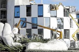 La planta hotelera pitiusa sigue su proceso de modernización y suma tres nuevos 5 estrellas