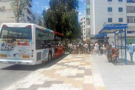 El Consell eliminará la 'tarjeta monedero' y creará abonos y descuentos para el autobús