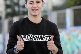Manu Cabezuelo: «He visto el gol repetido unas diez veces»