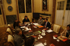 El documento que bloqueó la Mesa del Parlament pide el cese inmediato de Huertas