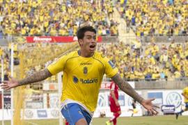 El futbolista Sergio Araujo da positivo en un control de alcoholemia