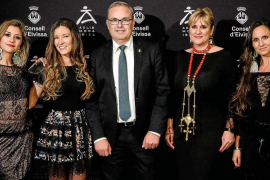 La alta costura de la moda ibicenca se exhibe en Madrid