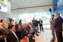 Vila promociona la gastronomía y el patrimonio