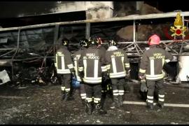 Al menos 16 fallecidos, la mayoría estudiantes, en un accidente de autobús en Verona