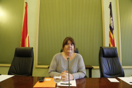 Una jueza decidirá el 9 de febrero si suspende la expulsión de Xelo Huertas