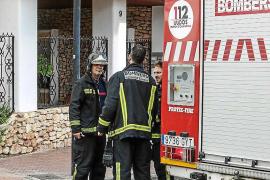 Un herido leve por inhalación de humo en el incendio de un sótano en Santa Eulària
