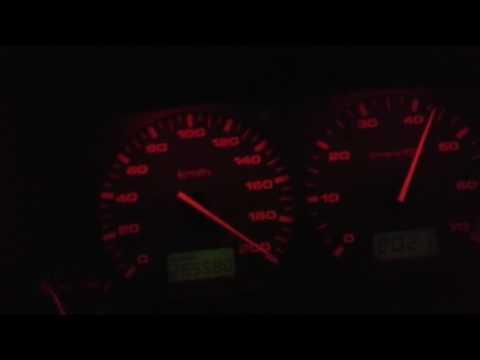 Un hombre detenido por grabarse conduciendo a 200 kilómetros por hora