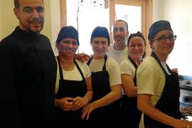 Ocho personas se han formado como camareros en Formentera