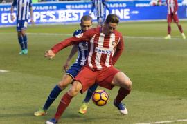 Moyá evita el desastre del Atlético de Madrid en Vitoria