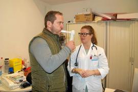 Los centros de salud realizan 77.233 intervenciones para dejar de fumar